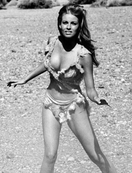 affde2ac84 Raquel Welch was a very popular 1960s and 1970s actress that made a big  difference in