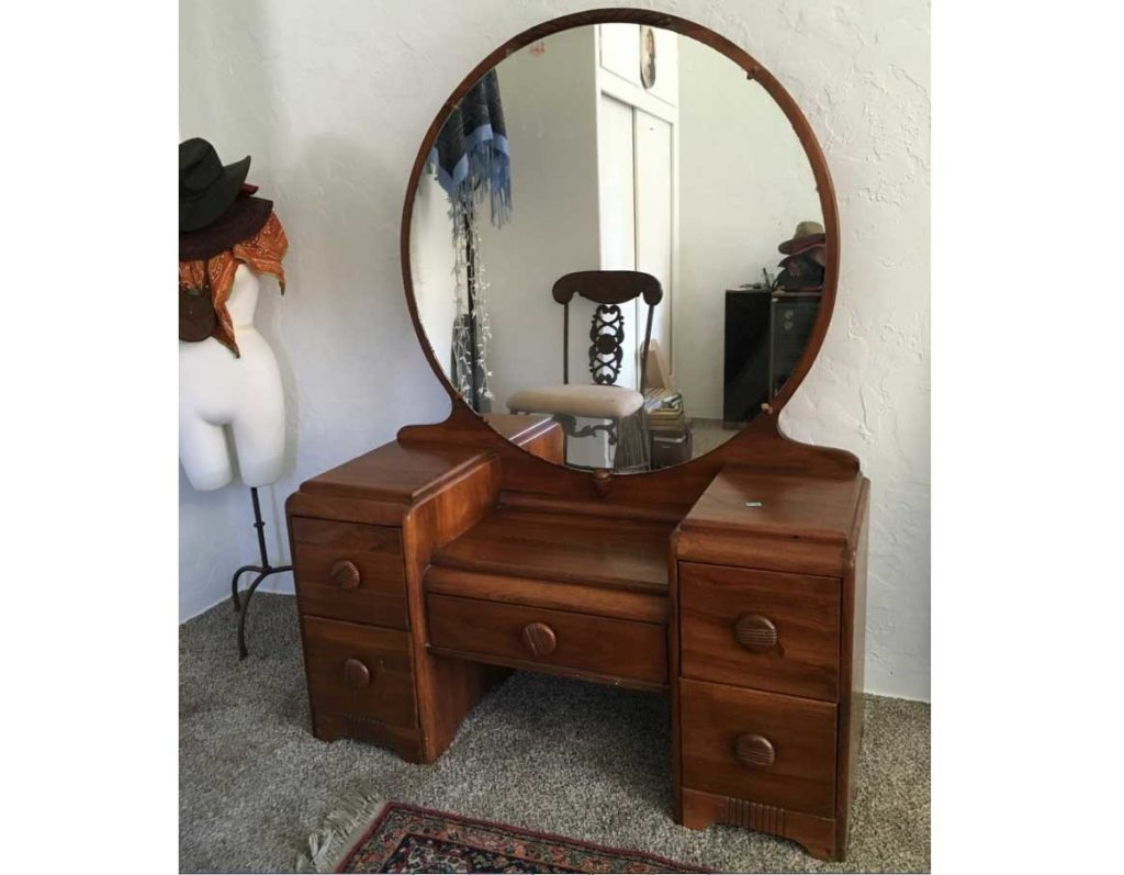 Here is another vanity with a nice round mirror. It is not as fancy as the  others, and very plain. Never the less, it has a space for shoes, five  drawers ... - Makeup Archives - Metallicman